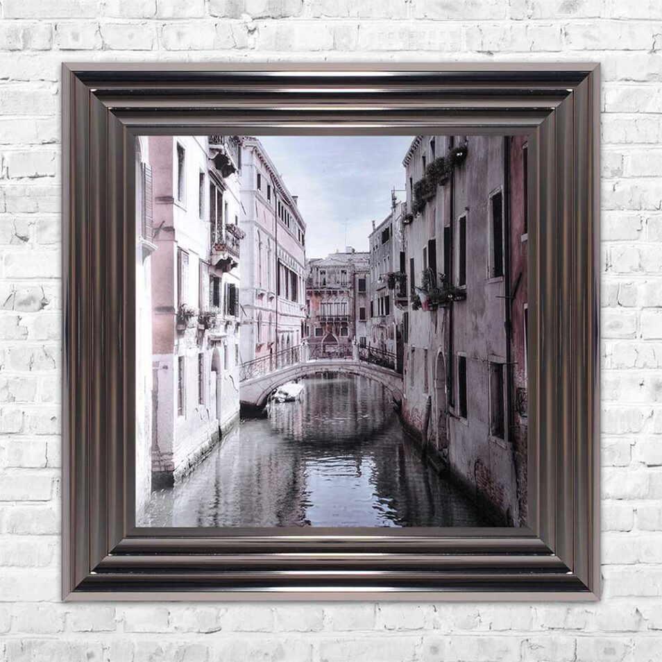 Venice Bridge - Curved Bridge - Flowers - Metallic Frame - Mounted